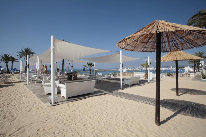 Holiday inn nice saint laurent du var holiday inn nice - Restaurant port de saint laurent du var ...