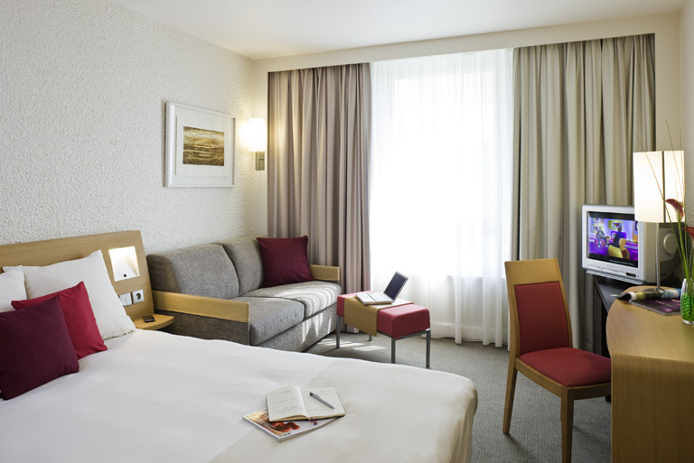 Hotel Novotel St Laurent Du Var